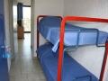 La cabine indépendante avec fenetre avec 2 lits superposés